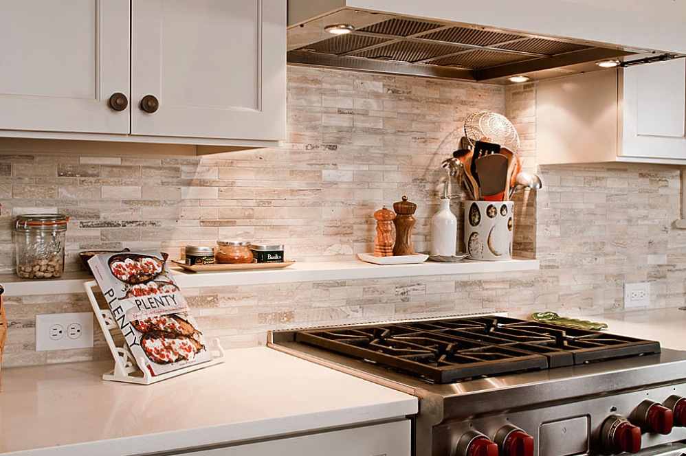 do it yourself: how to install a kitchen backsplash |