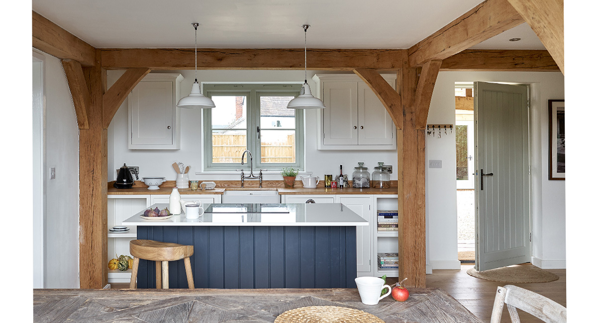 Attractive Cottage Kitchen