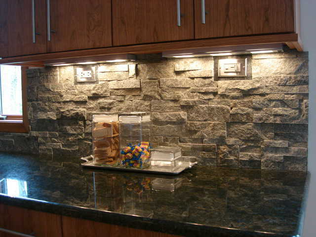 Kitchen Stone Backsplash Ideas Part - 25: Natural Quartzite Backsplash. Photo Source: Parash Stones