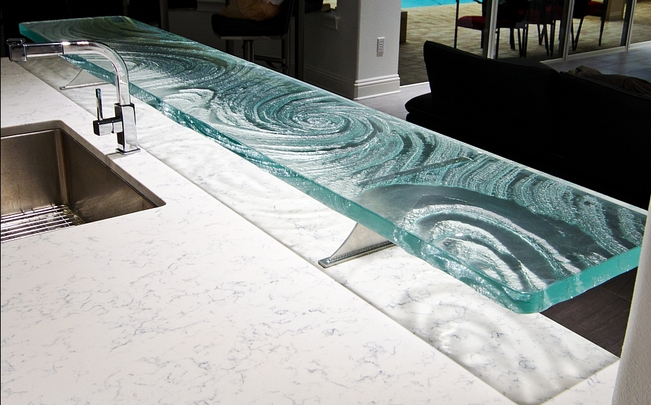 High Quality High Bar Countertop With Textured Glass In Swirl Design. | Photo Source:  Downingdesigns.