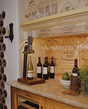 Mediterranean-style dry bar with wineglass holder | Photo Source: Foter