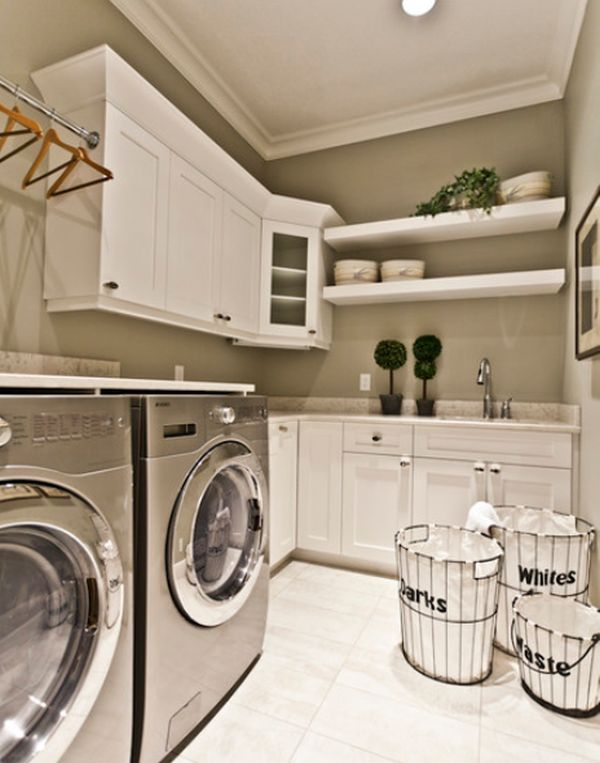 Create a similar laundry space using Ice White Shaker cabinetry. | Photo Source: homedit.com