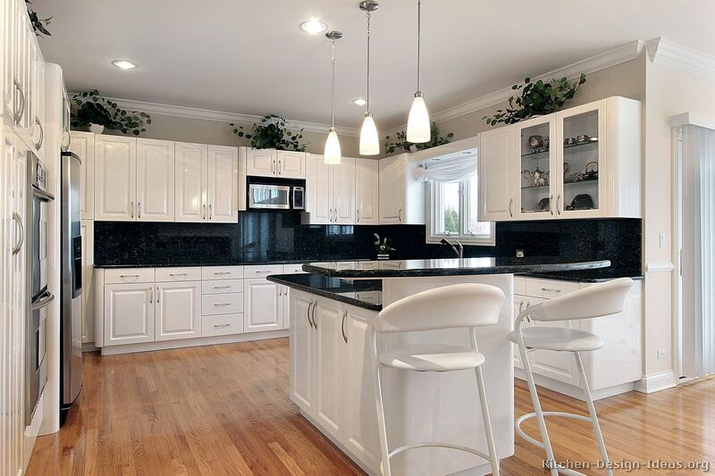 White Kitchen Cabinets. Photo Source: Kitchen Design Ideas.org