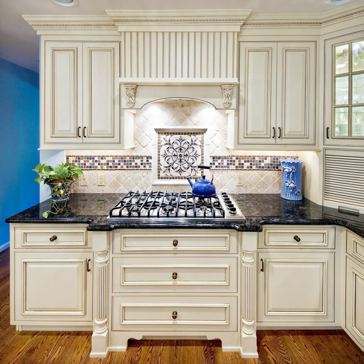 6 Design Ideas For Your Range Backsplash