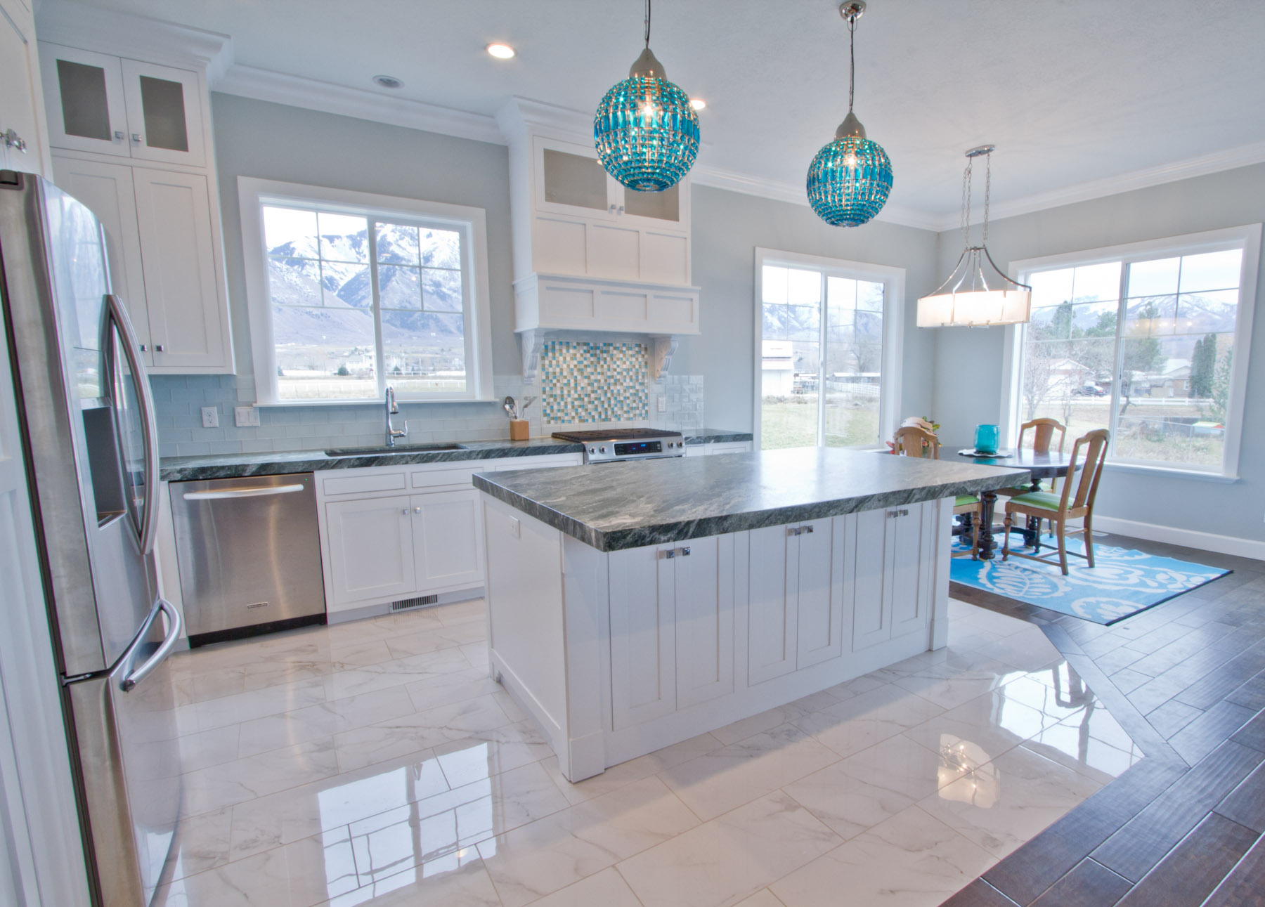 how to design a coastal kitchen - Coastal Kitchen Ideas