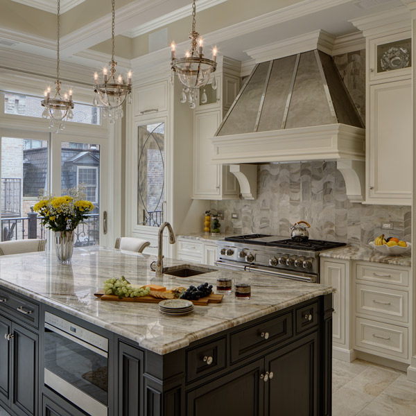 two tone traditional kitchen - Traditional Kitchen
