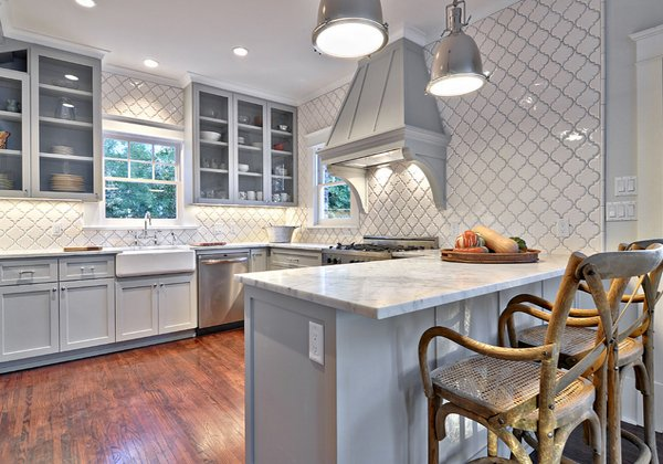 Light Gray Kitchen Cabinets White Backsplash Tiles