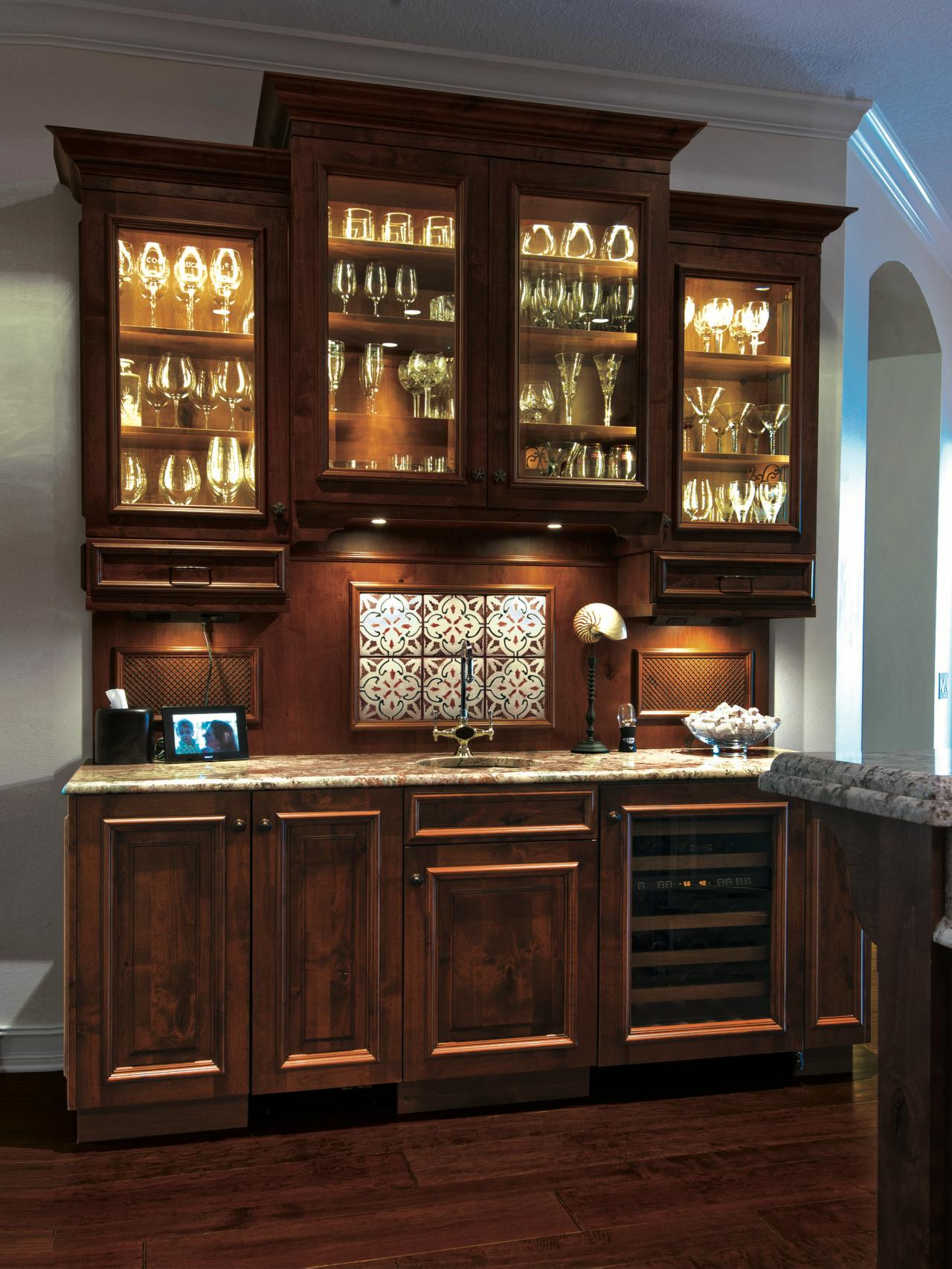 Traditional Dry Bar With Gl Front Cabinets Inner Cabinet Lighting And Under