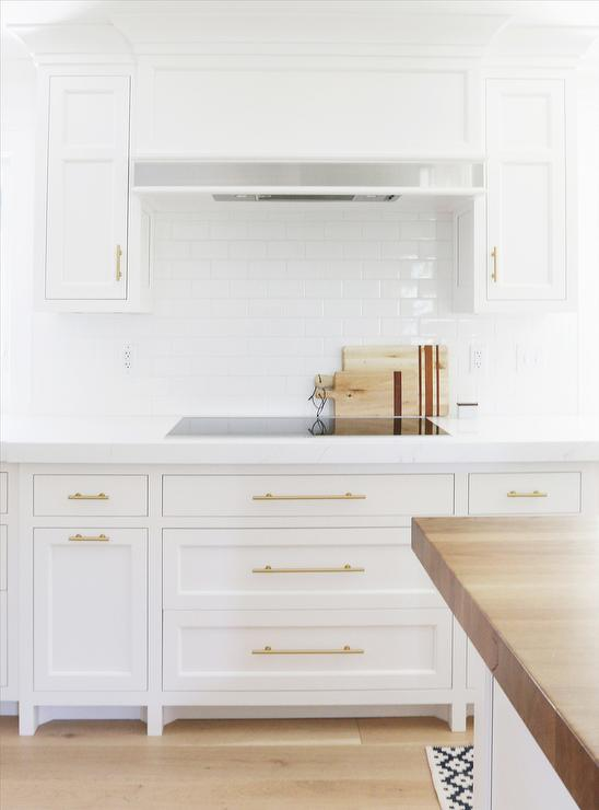 white kitchen cabinets brass hardware 8 best hardware styles for shaker cabinets 28706