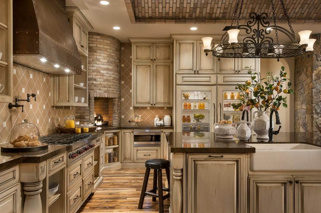 How To Create The Perfect Traditional Kitchen In Your Home on Traditional Rustic Decor  id=87746